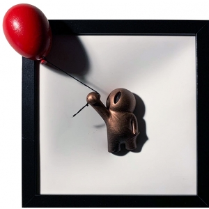 Hold On Red Balloon